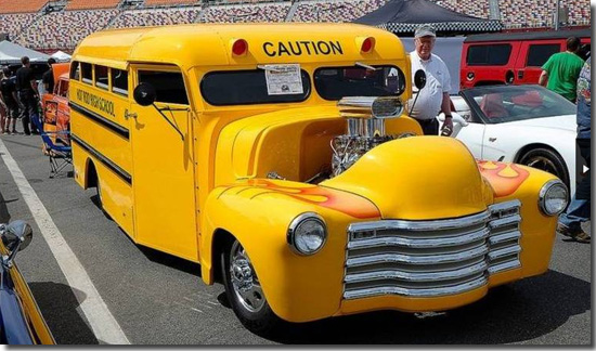 carros-mais-estranhos-do-mundo-hot-rod-bus